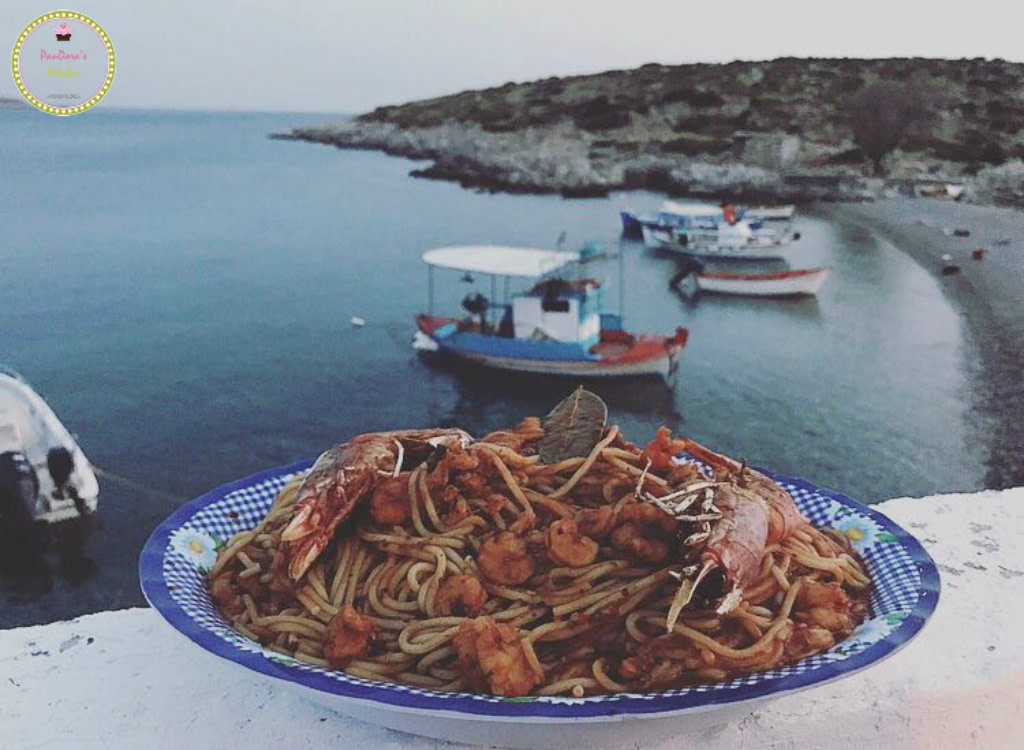 seafood-spaghetti-pasta-shrimps-mesta-chios