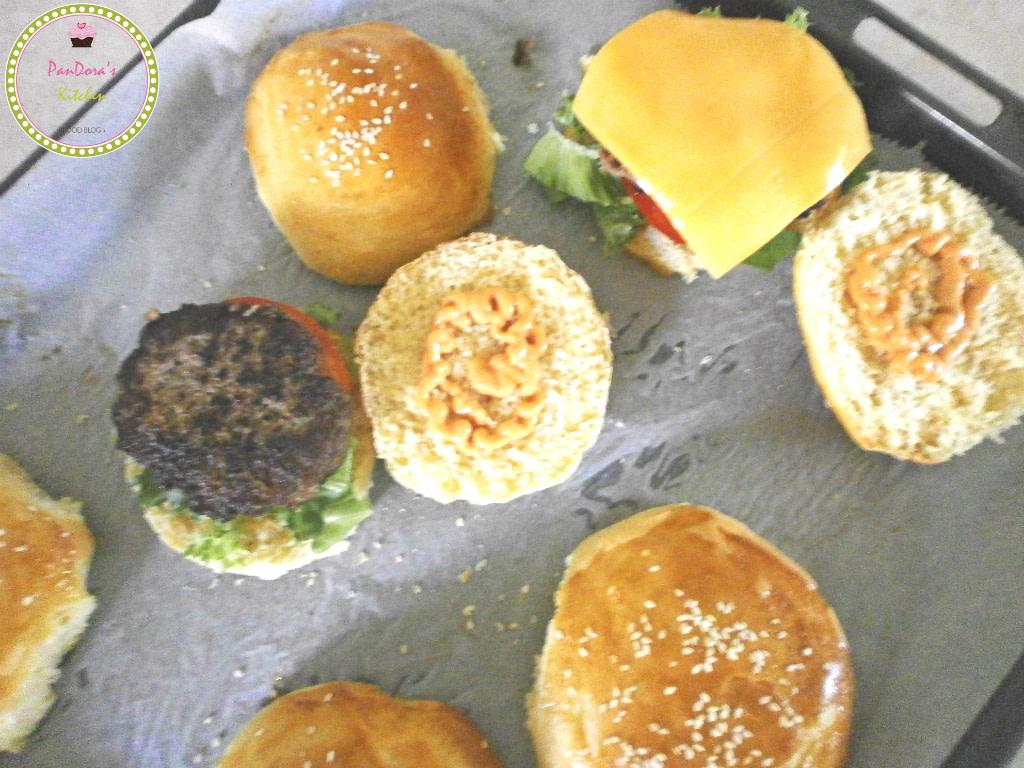 burger-at home-fast food-bread-pandora