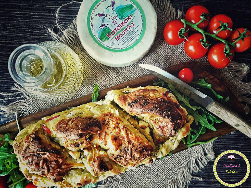μεσογειακό τυρόψωμο-τυρί-ψωμί-μαστέλο-χίος