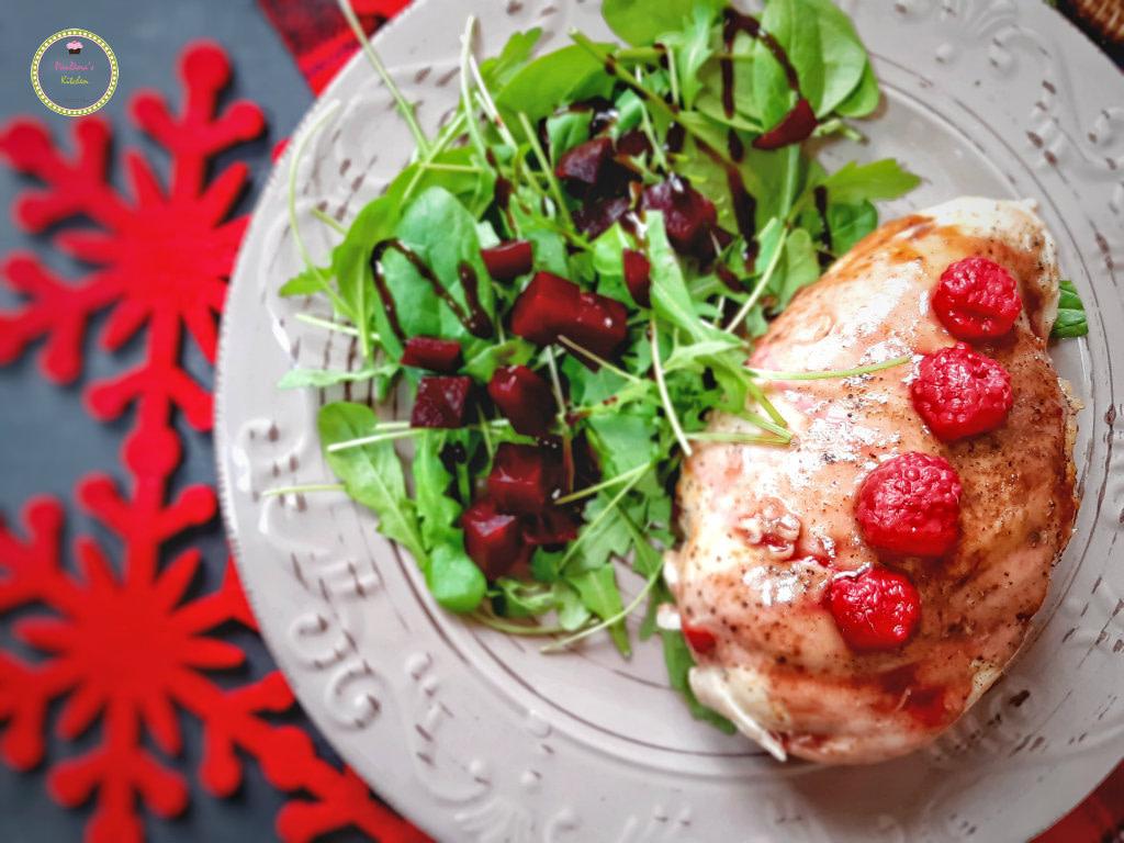 χριστουγεννιάτικο τραπέζι-κοτόπουλο γεμιστό-χριστουγεννιάτικη συνταγή