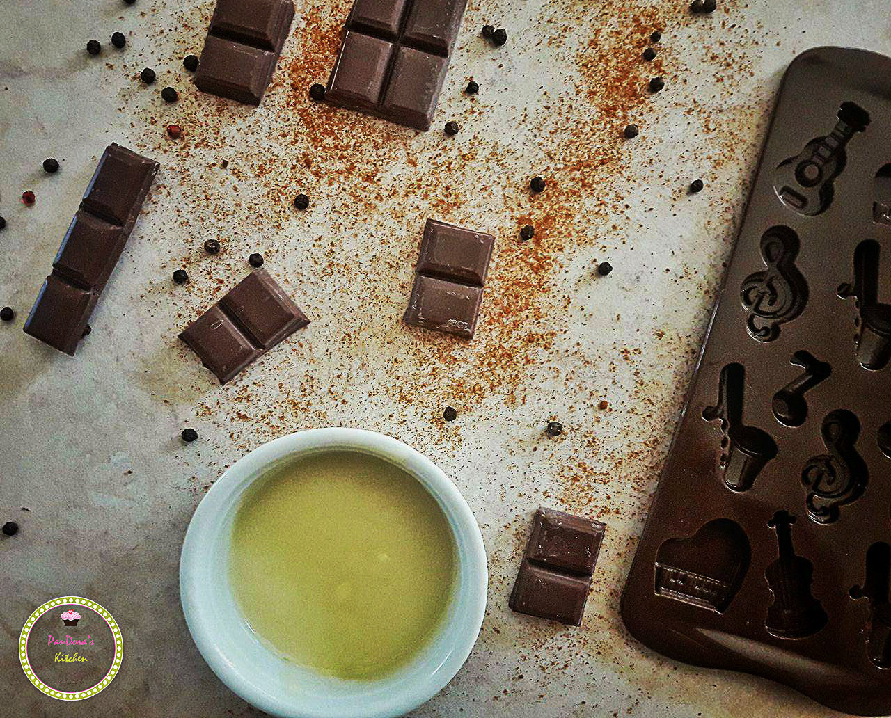 chocolate-choco melody-silikomart-spicy chocolate