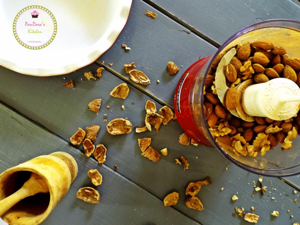 pandoras-kitchen-blog-greece-nuts-tart-xmas