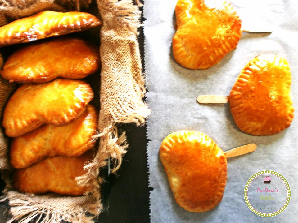 pandoras-kitchen-blog-greece-παραδοσιακές τυρόπιτες κουρού σε ξυλάκια-cheesepie-viamgourmet-food blog awards-masoutis