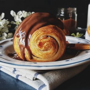 croissant-croissant_recipe-croissant_with_chocolate