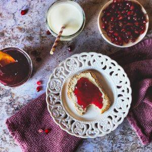 breakfast-pomegranade-jam-marmelade-brunch